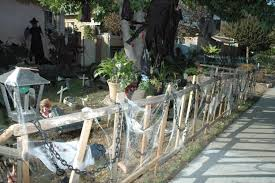 Halloween Cemetery Fence by Halloween Contest Winners Announced Myburbank Com