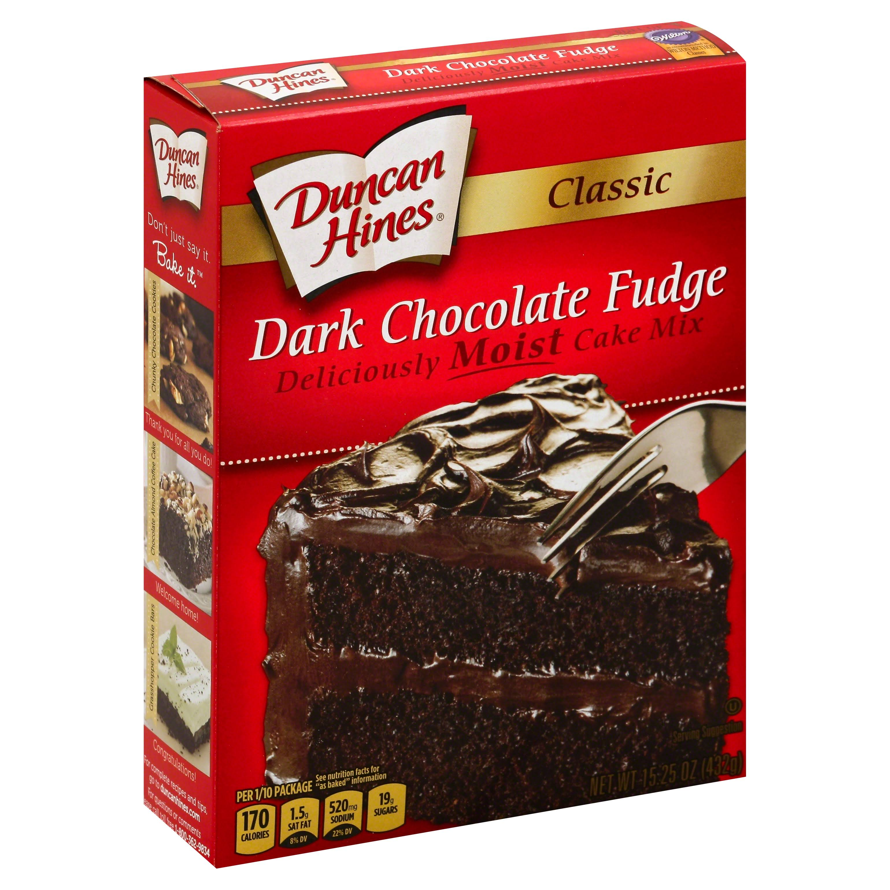 Duncan Hines Classic Dark Chocolate Fudge Cake Mix - 437g