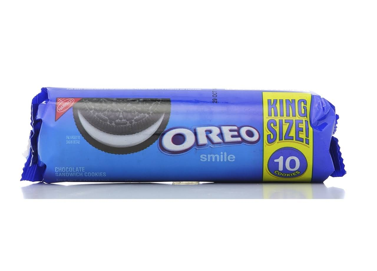 Nabisco Oreo Smile Cookies - King Size, 10 Cookies, 110g