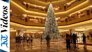 Raz Gold Christmas Trees by The Gold And Diamonds On Uae U0027s Dh40m Christmas Tree Will Dazzle