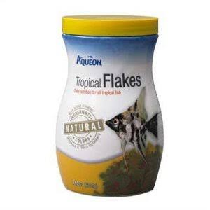 Aqueon Tropical Flakes Natural Fish Food - 7.12oz