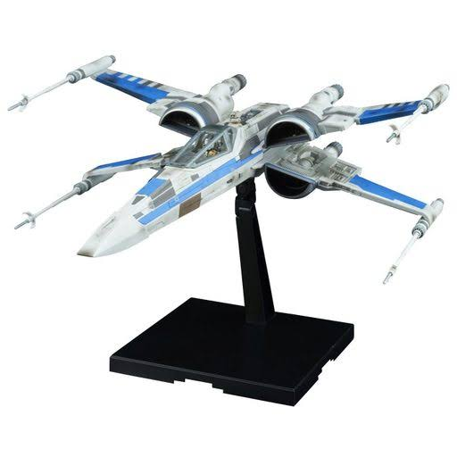 Star Wars The Last Jedi Action Figure Model Kit - Blue Squadron Resistance X-Wing Fighter