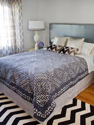Dorm Room Bed Skirts by Quick And Easy Bed Skirt Hgtv