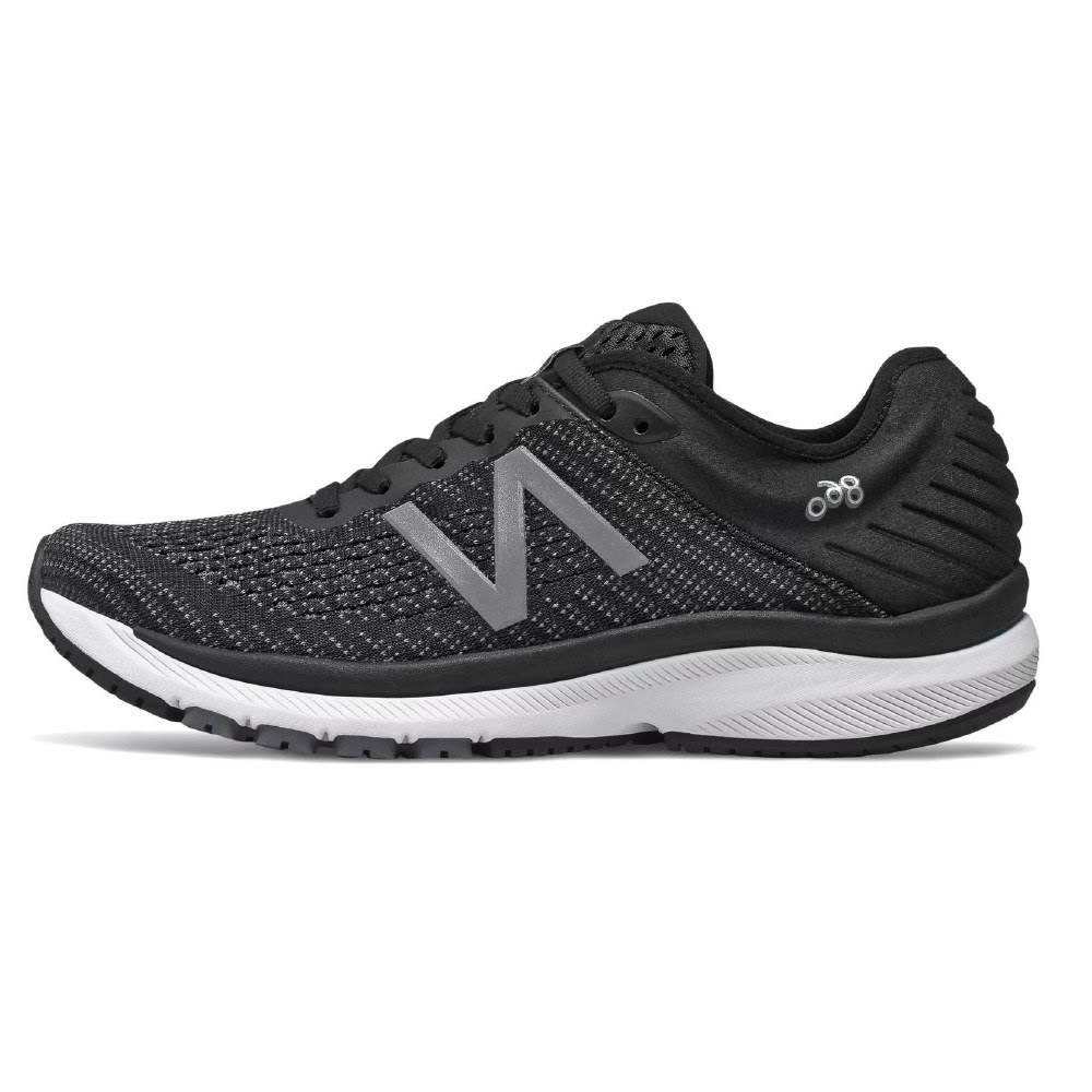 New Balance Women's 860v10 Running Shoes