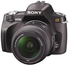 Castiga un aparat foto Sony DSLR-A230L si 3 rame foto digitale Hama 90913