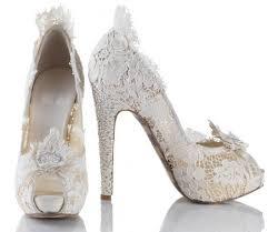 احذية للعروس شيك 2021 , احذية عروس للزفاف 2021 images?q=tbn:ANd9GcT