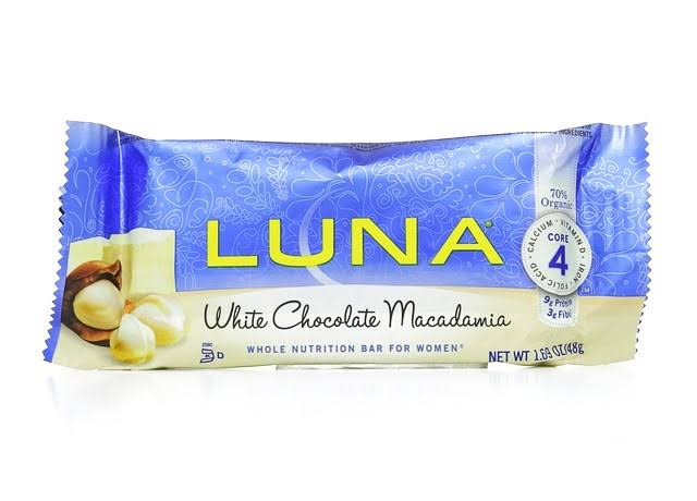 Luna Organic White Chocolate Macadamia Nutrition Bar